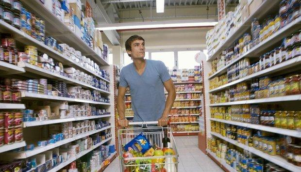 muž nákup