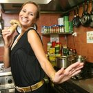 absolonová v kuchyni