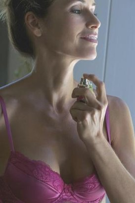 žena parfém vůně