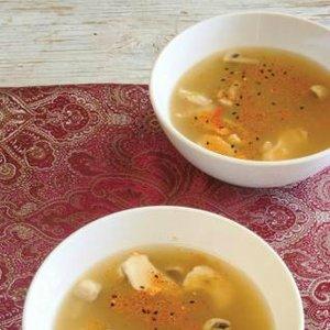 jídlo doleželová celebrita polévka thajská