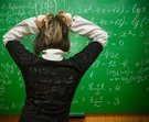 žena tabule vzorečky matematika