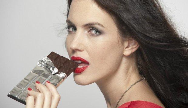 žena čokoláda