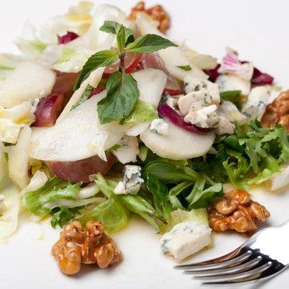 Děsně slavný a jednoduchý salát, který chutná i odpůrcům zdravé stravy