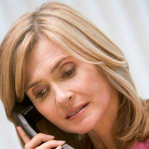 telefon žena