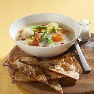 Zeleninová polévka s jogurtem