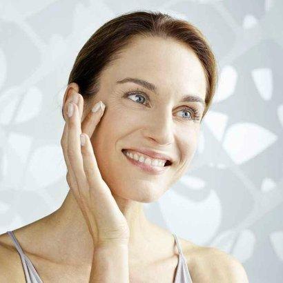 1. omlazující masáž - spodní obličej