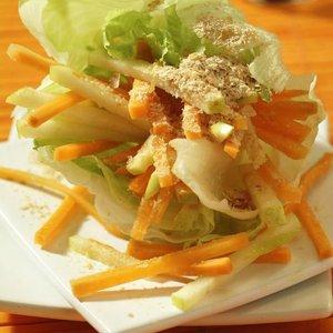 menu salát nudlicky karot