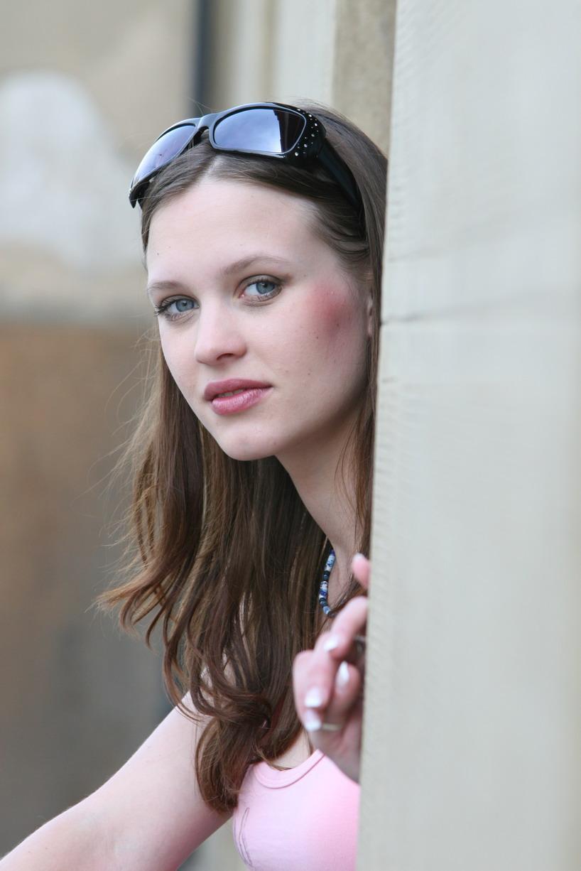 Laura Leighton picture